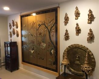 Very large wood screen, with wonderful detail and finishes. Extra large  brass tray, Thai decor, and Thai head-dress.