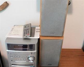 Aiwa compact stereo. LG DVD/CD player.