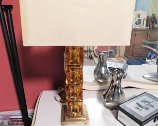Lamps are missing finials.