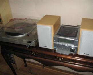 Panasonic SA-PM03 Executive CD/Stereo  $80