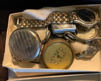 COLLECTION OF POCKET WATCHES AND VINTAGE MEN'S WRIST WATCHES.