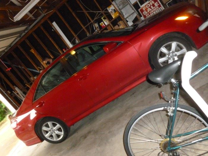 2009 Toyota Camry SE, less than 82K miles, great condition