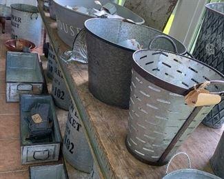 Zinc galvanized items