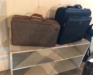 Hartmann tweed luggage, black roller garment bag