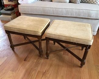 twin benches for extra seating or use as coffee table with trays
