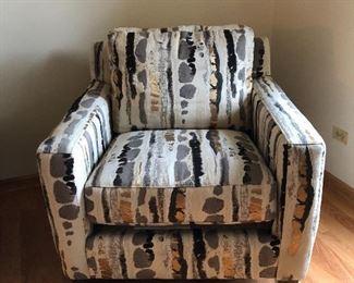 Walter E Smithe upholstered modern chair - like new