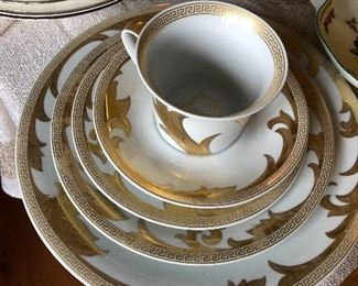 """single place setting of Versace x Rosenthal """"Arabesque Gold"""""""