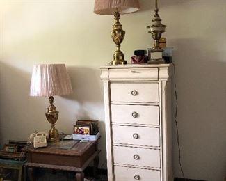 Lingerie chest & Stiffel lamps