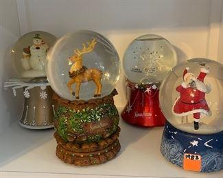More Neiman Marcus snow globes