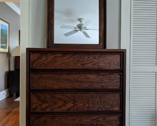 "Dillingham's ""Esprit"" collection 4-drawer dresser, w/matching wall mirror."
