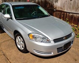 2009 CHEVY IMPALA LS    67,184 MILES.  ONE OWNER.  LOCKS WORK INTERMITTENTLY.  BEAUTIFUL INSIDE.  A FEW FLAW EXTERIOR.  PICTURES SHOW FLAWS.     ASKING $7,000.00