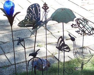 Garden decor stakes & gazing ball
