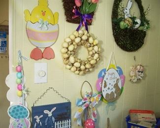 Easter wall hangers and greeters