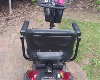 GO GO Sport red electric 3-wheel scooter w/ mirrors, charger & cover @ $495 - excellent condition