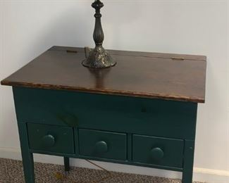 Primitive Desk  Tiffany Style Lamp
