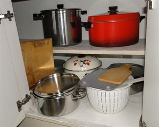 Kitchenware Pots