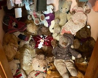 Lots of Plush Stuffed Animals with tags