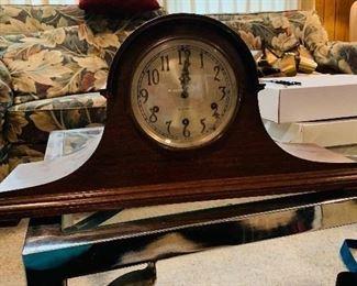 Seth Thomas Clock/ key  145$ now 72.50$