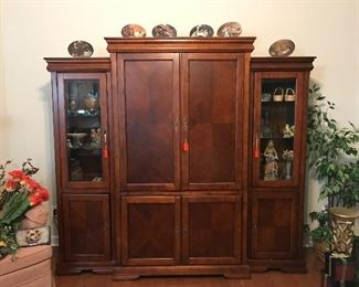 3 piece wall unit purchased at Knoxville Wholesale Furniture in 2005