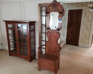 Vintage Entry Hall Tree Chair