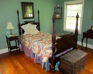 German Mahogany Bed circa 1790-1820 with well protected clean mattress and bedding