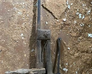 antique blacksmith vise