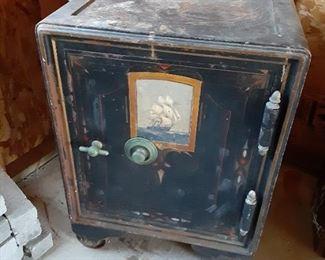 Antique Detroit safe Company cast iron Floor Safe