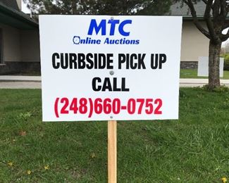 Curbside Sign Tight
