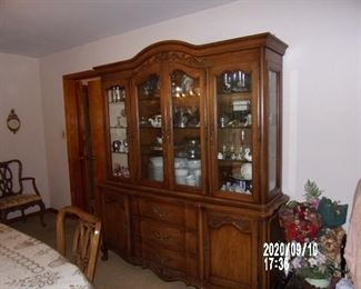 1960'S FRENCH PROVINCIAL BREAKFRONT