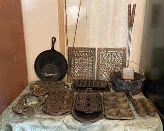 Cast Iron Cookware & Grates