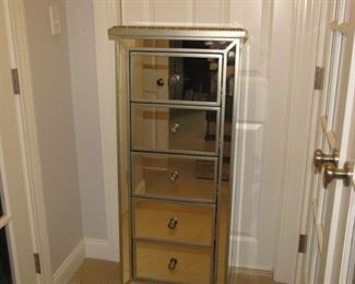Mirrored boudoir chest