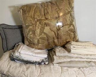 3 Complete Comforter Sets