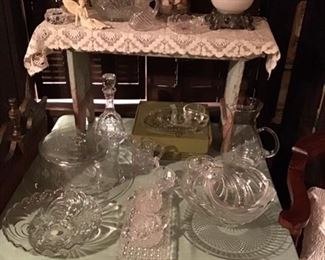 Vintage glassware, lamp
