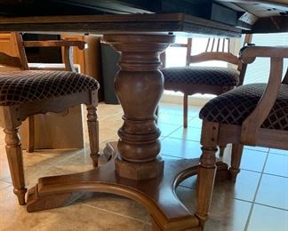 Pedestal Dining Table w Leaf and 6 Arm Chairs