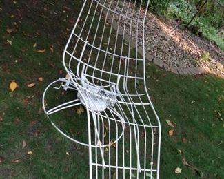 Homecrest lounge patio chair