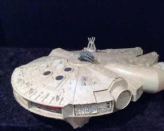 Vintage Kenner Star Wars Millennium Falcon