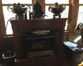 Fireplace - hooks up to propane bottle