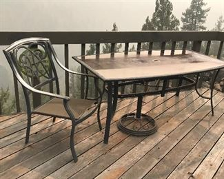 Glass top patio table w/chairs