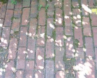 $1/brick