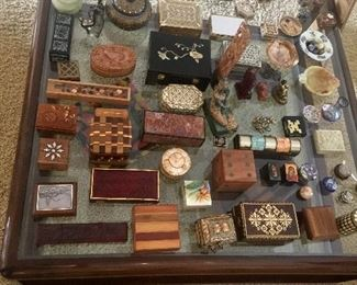 Vintage Boxes Assortment