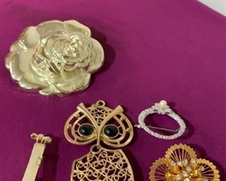 Brooches with Scarf Clip