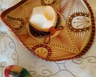 Mariachi Hat with two Marocas