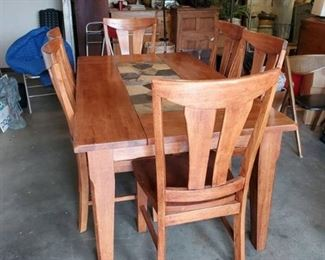 Beautiful Oak Dinning Wood Table - Moasaic Tile Center - Includes 6 Matching Sturdy Chairs