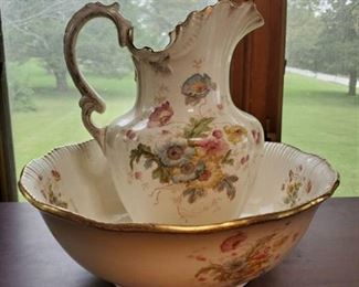 Stroke & Trent Water Pitcher & Basin - Made in England