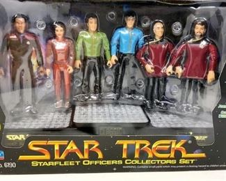 https://connect.invaluable.com/randr/auction-lot/star-trek-starfleet-officers-collectors-set_B5E42AFA8E