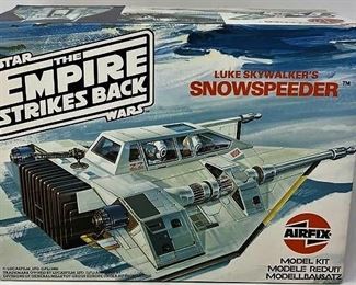 https://connect.invaluable.com/randr/auction-lot/star-wars-luke-skywalkers-snowspeeder-the-empire_18E43208C0
