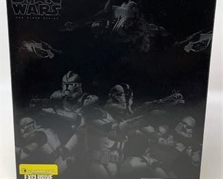 https://connect.invaluable.com/randr/auction-lot/star-wars-the-black-series-clone-troopers-of_C5545308AB