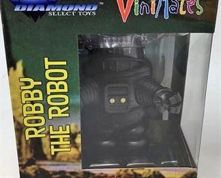https://connect.invaluable.com/randr/auction-lot/diamond-select-toys-forbidden-planet-vinimates_B6B425C841