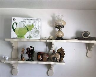 https://connect.invaluable.com/randr/auction-lot/bedroom-2-w-contents-including-vintage-parlor-lamp_9344FC3ADA