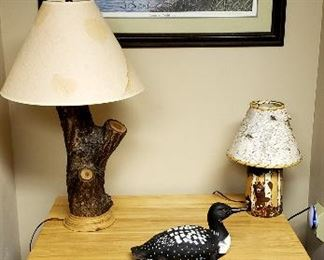 Beautifully made rustic end table, lamps, print etc.